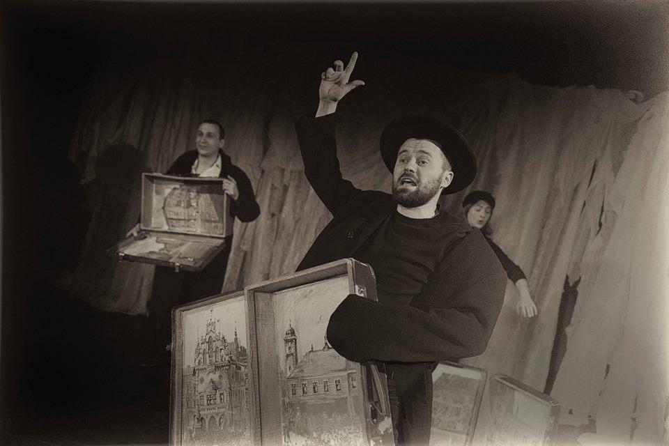 """Szymon An-ski, """"Dybuk Rzeszowski"""", reż. Aneta Adamska, fot. P. Wiśniewski (źródło: materiały prasowe teatru)"""