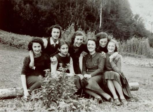 Grupa dziewczyn żydowskich z Beit Yaakov (źródło: materiały prasowe organizatora)
