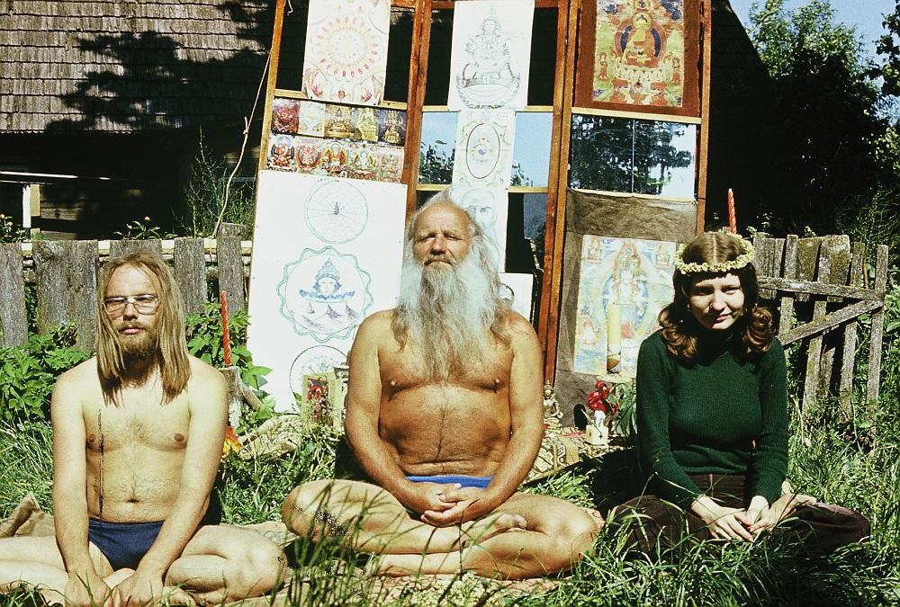 """""""Soviet Hippies"""", reż. Terje Toomistu, kadr z filmu (źródło: materiały prasowe)"""