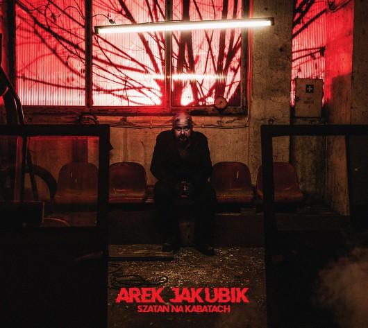"""Arek Jakubik, """"Szatan na Kabatach"""" (źródło: materiały prasowe wydawcy)"""