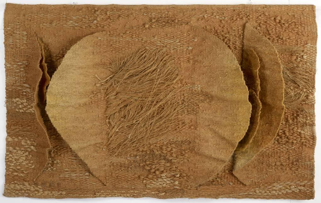 """Magdalena Abakanowicz, """"Sea Shells"""", 1973 (źródło: materiały prasowe organizatora)"""