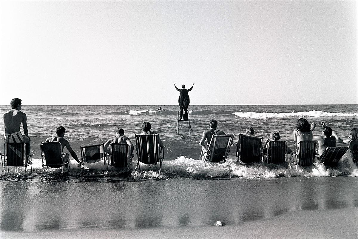 """Panoramiczny happening morski, Koncert morski"", 1967, fotografia Eustachy Kossakowski,© Anka Ptaszkowska (źródło: materiały prasowe organizatora)"