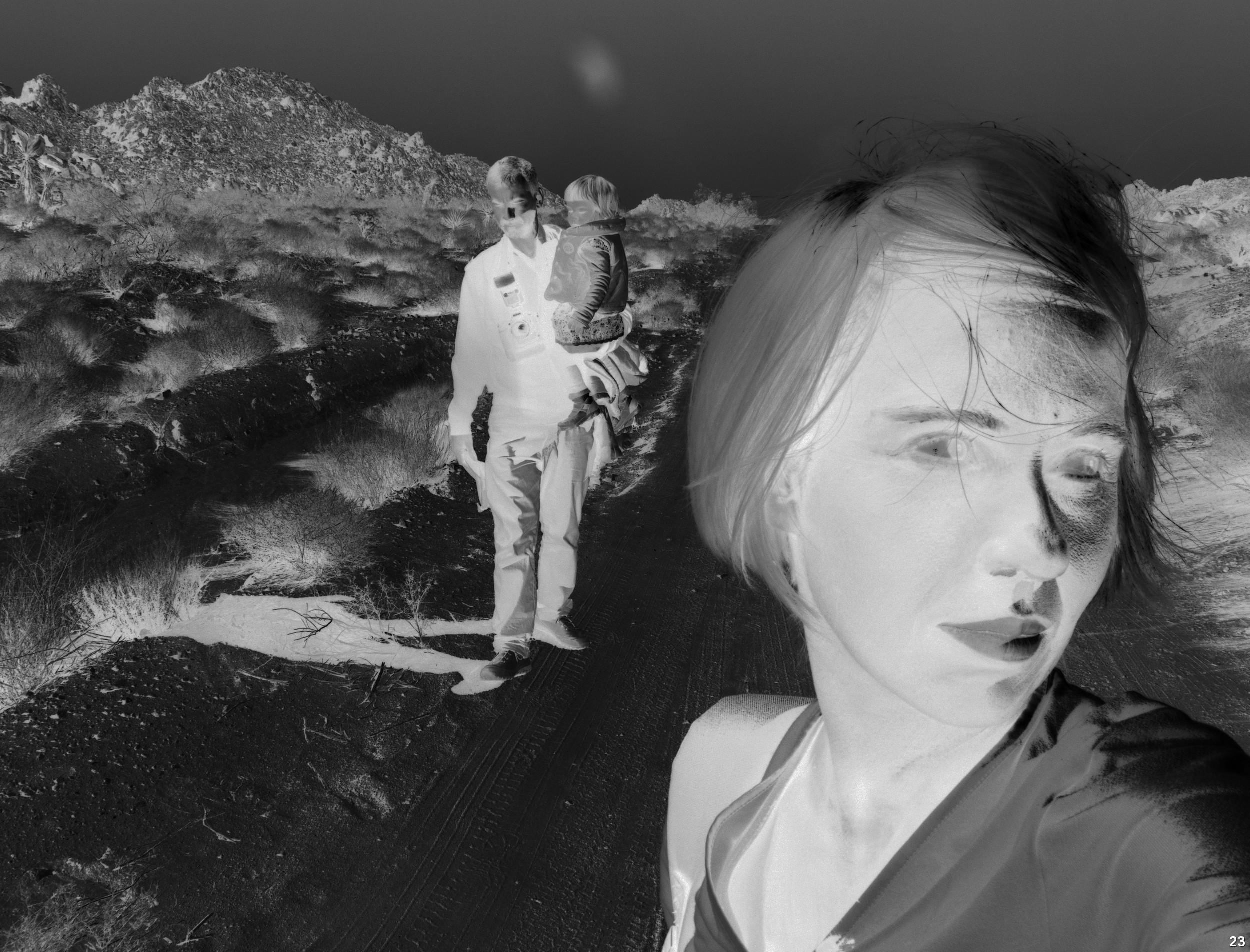 """Aneta Grzeszykowska, """"Negative Book #23"""", 2012–2013, zdjęcie dzięki uprzejmości Galerii Raster (źródło: materiały prasowe organizatora)"""