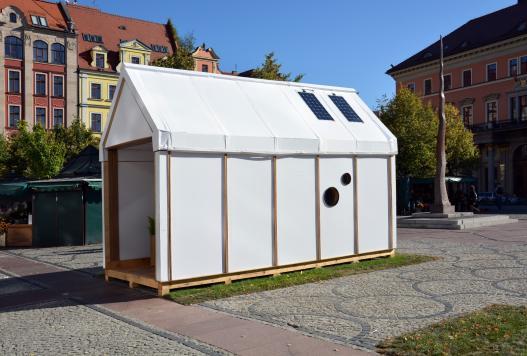 """""""Empatia, teraz!"""", wystawa w galerii Dizajn BWA Wrocław (źródło: materiały prasowe organizatora)"""
