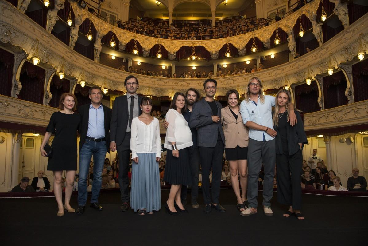 "Ekipa filmu ""Via Carpatia"", fot. Film Servis Festival Karlovy Vary (źródło: Polski Instytut Sztuki Filmowej)"