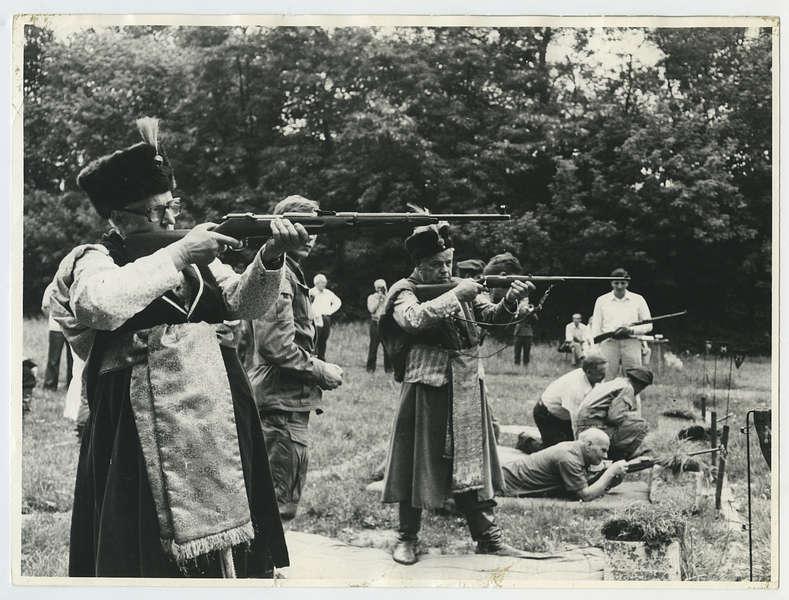"""""""Królewskie strzelanie"""", Kraków, 1981, Wójczyk W, wł. Muzeum Historyczne Miasta Krakowa (źródło: materiały prasowe organizatora)"""