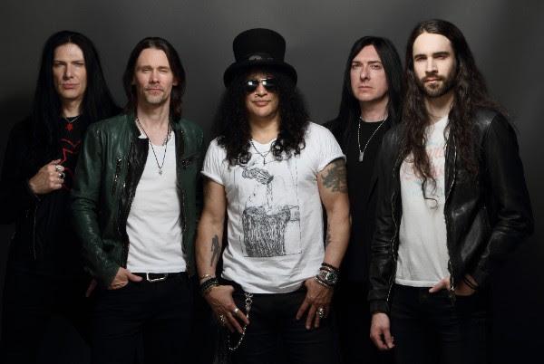 """Slash, """"Living The Dream"""" (źródło: materiały prasowe wydawcy)"""