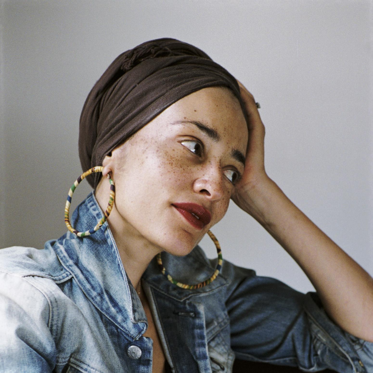 Zadie Smith, fot. Dominique Nabokov (źródło: materiały prasowe wydawcy)