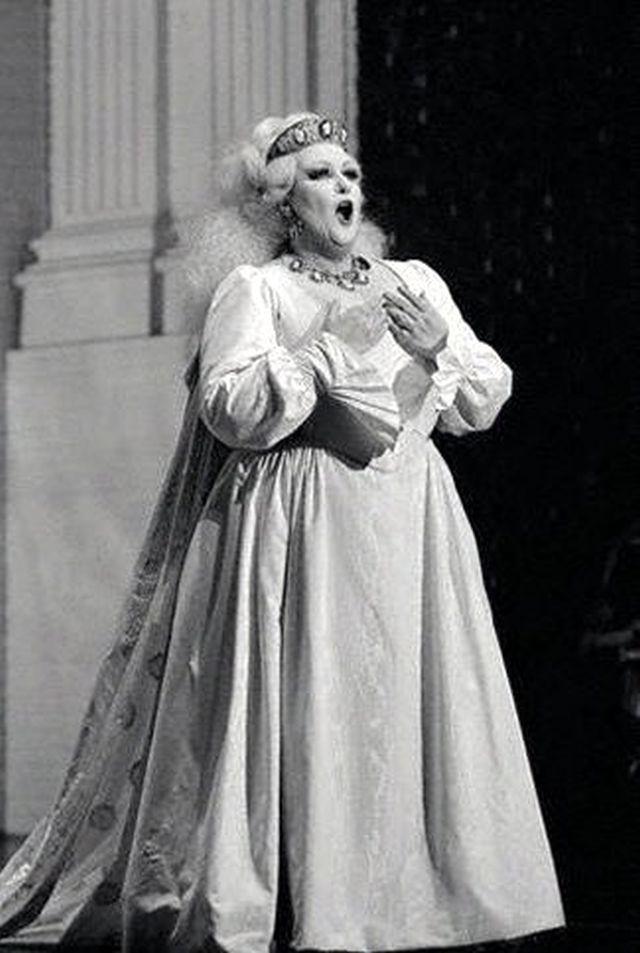 Montserrat Caballé, Semiramida, Gioacchino Rossini (źródło: Wikipedia Commons, lic. CC BY-SA 2.0)