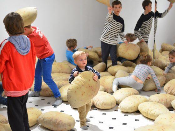 Wszystko widzę jako sztukę. Wystawa dla dzieci, wernisaż, Narodowa Galeria Sztuki Zachęta, fot. Marek Krzyżanek (źródło: materiały prasowe)