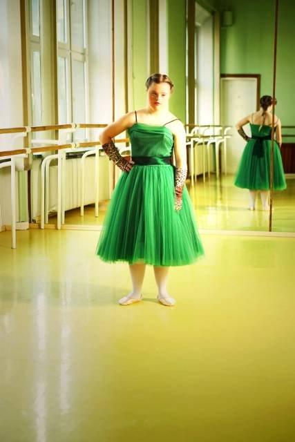 Ania z serii Downtown collection, Oiko Petersen 2009