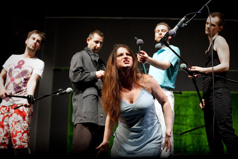 Zielona Góra Lubuski Teatr spektakl pt. Trzy Siostry, reżyseria Piotr Ratajczak fot. Bartlomiej Sowa