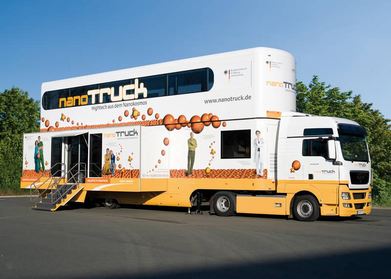 """""""Nano Truck"""", piknik naukowy"""