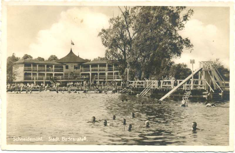 Kąpielisko miejskie w Pile, pocz. XX w. (ze zbiorów Muzeum Okręgowego w Pile)