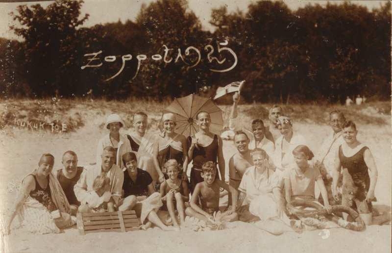 Na plaży w Sopocie, 1925 (ze zbiorów Muzeum Sopotu)