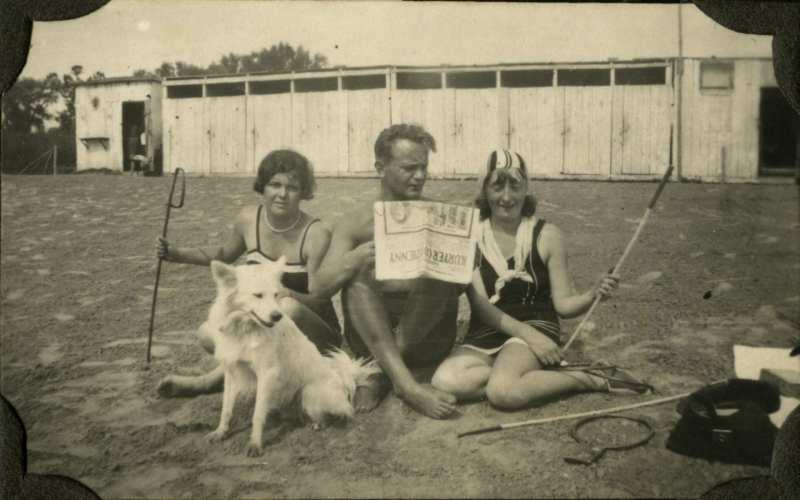 Plaża na Bydgoskim Przedmieściu w Toruniu, lata 30.XX w. (ze zbiorów J. Tokarskiej)
