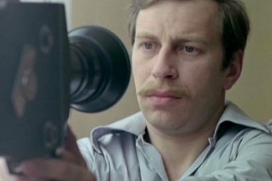 """Jerzy Stuhr w filmie Krzysztofa Kieślowskiego """"Amator"""", 1979, materiał udostępniony przez organizatora"""