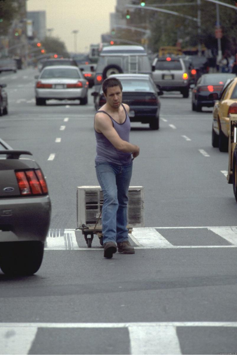 """Reż. Jim Sheridan """"In America"""" 2001 - kadr, materiał udostępniony przez organizatora"""