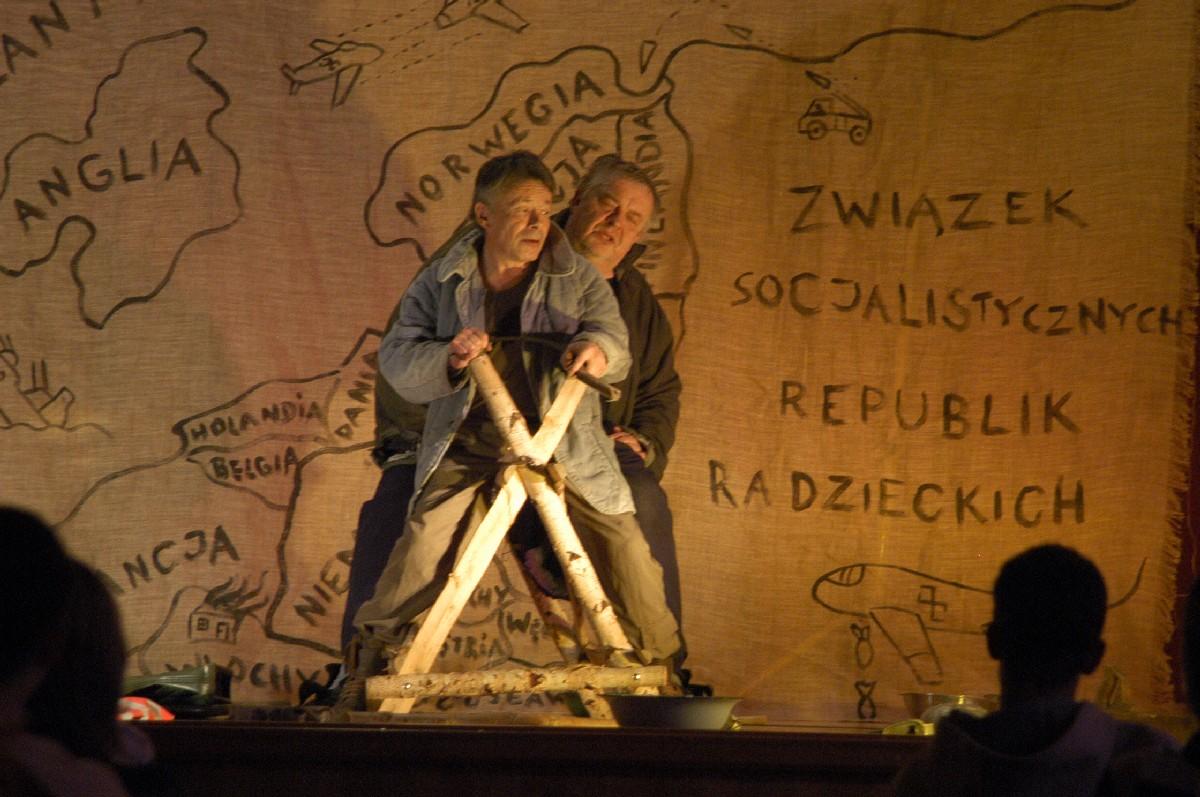 """Teatr Studio Mobile """"...a diabłu ogarek"""", materiał udostępniony przez organizatora"""
