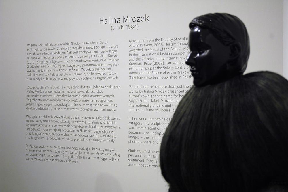 """Wernisaż wystawy Haliny Mrożek """"Między rzeźbą a modą"""", fot. Joanna Sokołowska"""