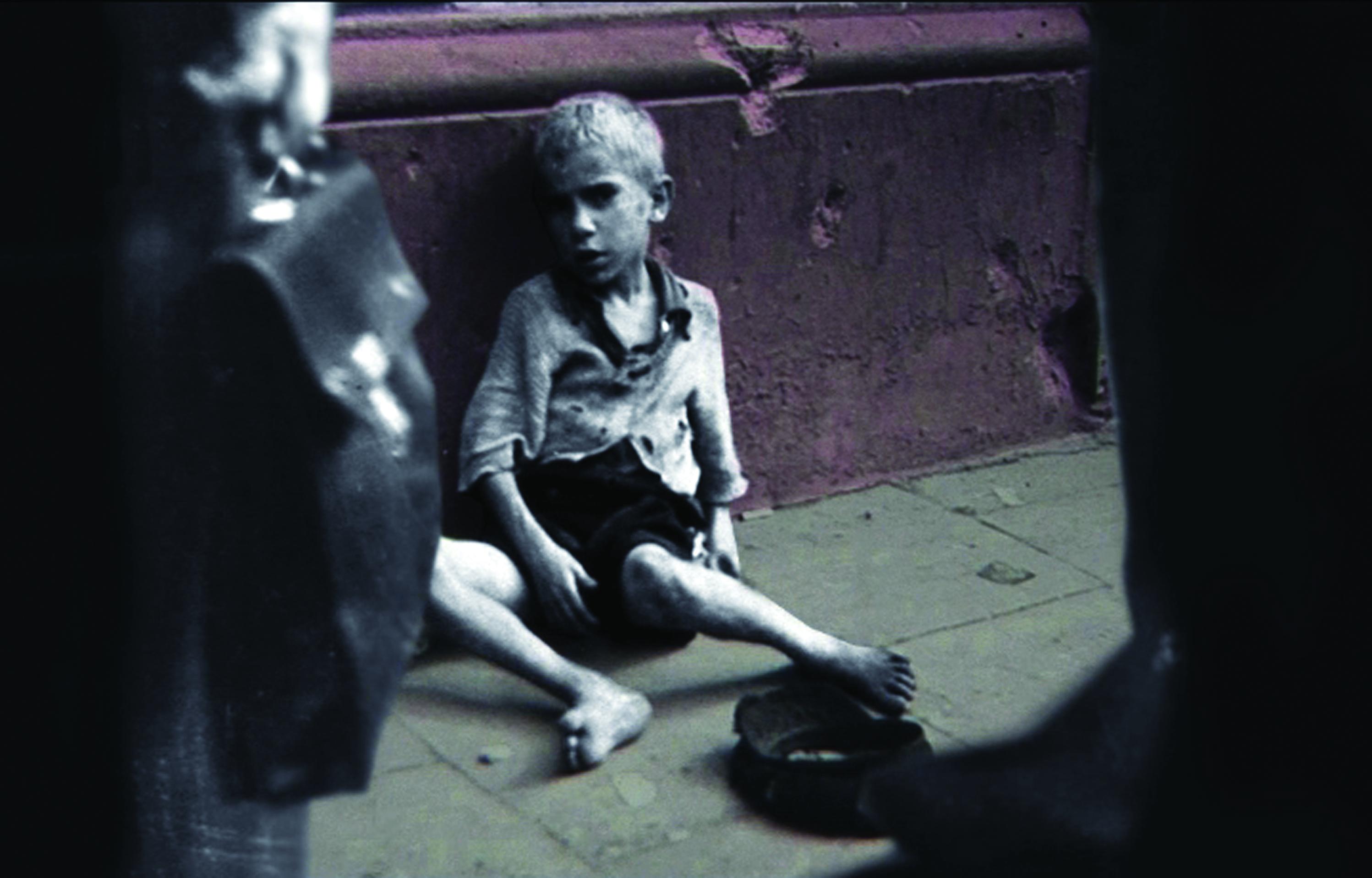 """Kadr z filmu """"Ala z elementarza"""" (źródło: materiały prasowe)"""