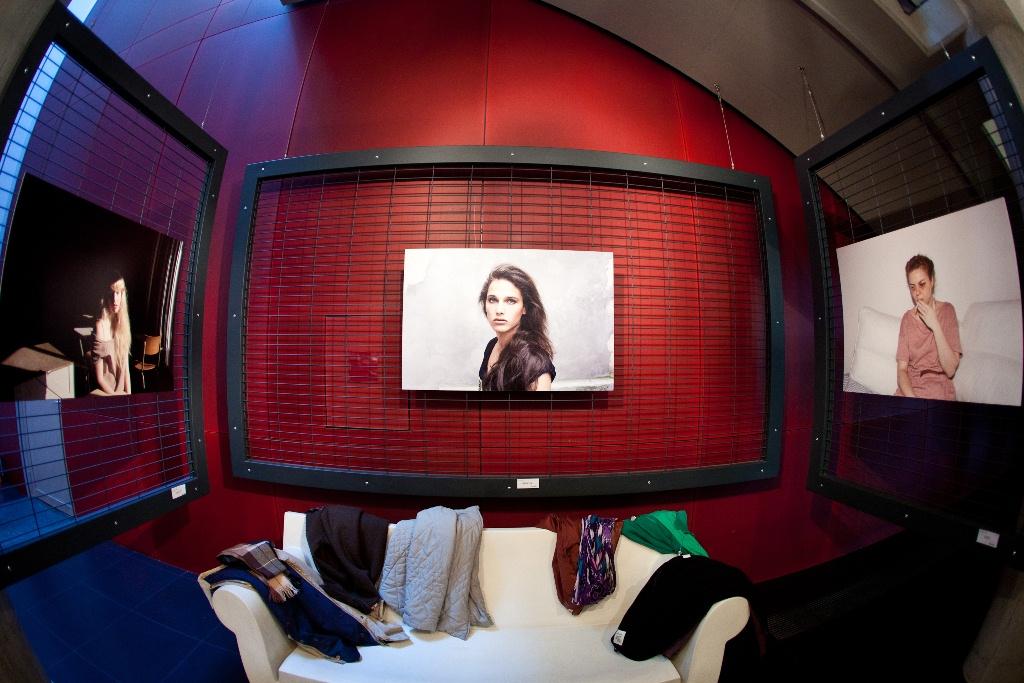 Fotofestiwal 2011: Portrety / Portraits (2010–2011), Magdalena Kmiecik, fot. Joanna Swiderska (źródło: materiały prasowe)