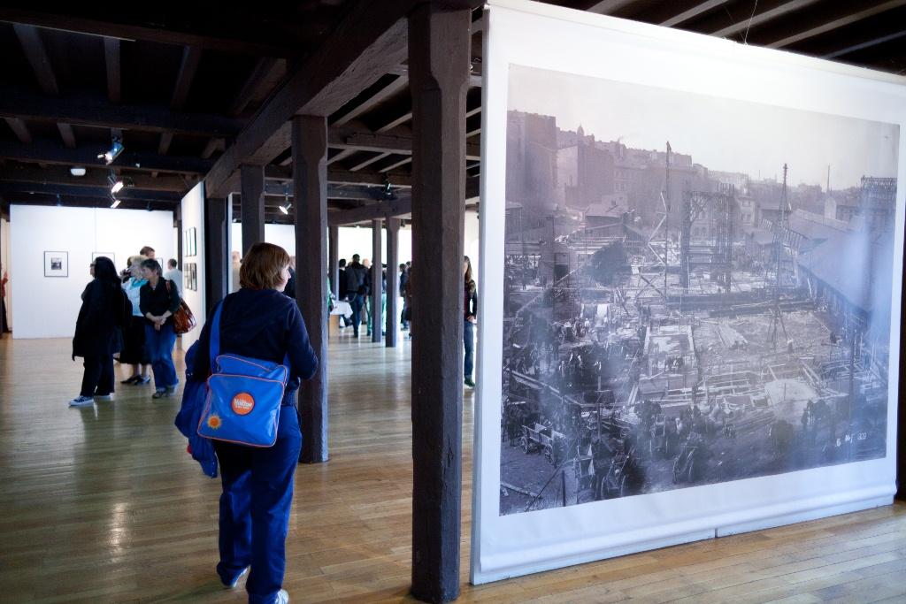 Fotofestiwal 2011: Energia czasu. Archiwum Dalkii / The Power of Energy. Dalkia Archive, fot. Joanna Swiderska (źródło: materiały prasowe)