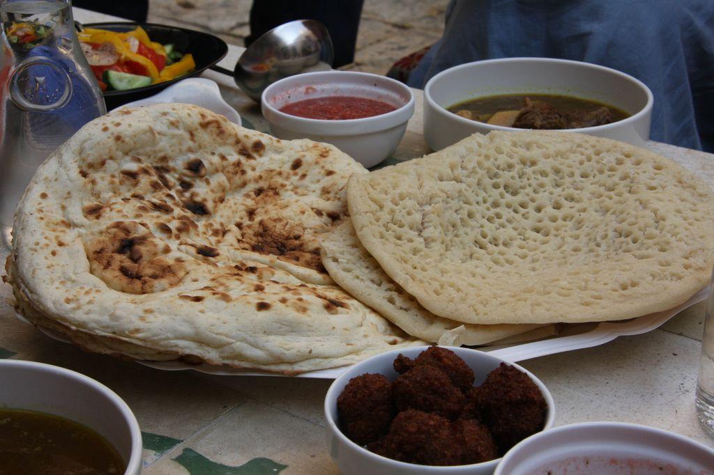 Jemenickie jedzenie (źródło: materiały prasowe organizatora)