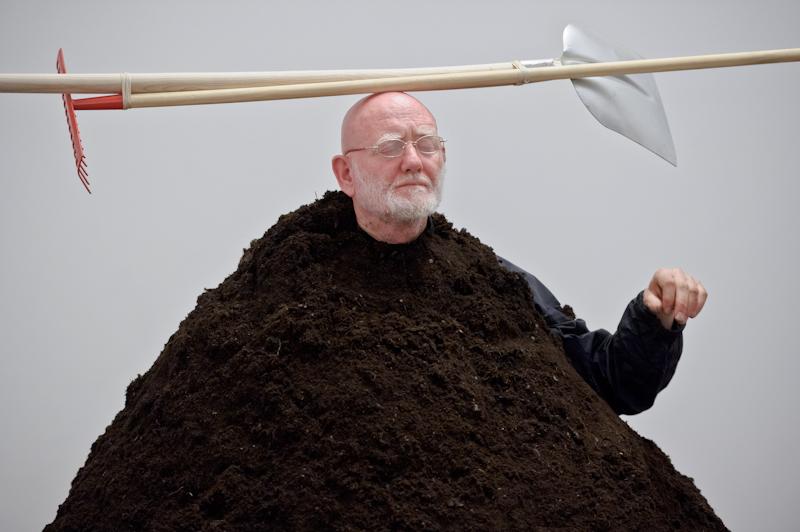 "Alastair MacLennan, ""WONTOWN"", performance, 2012 (źródło: materiały prasowe)"
