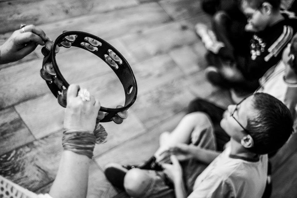 """Warsztaty realizowane w ramach projektu """"5 zmysłów. Pauza"""", Photo by (C) Marek Lapis. All Rights Reserved, www.pressphoto.pl (źródło: mat. pras. organizatora)"""