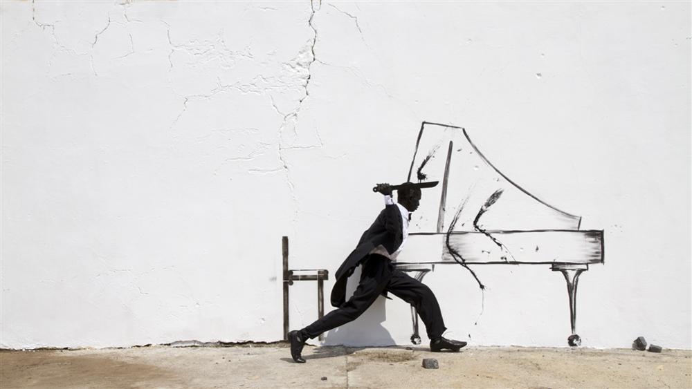 Robin Rhode, Krzesło fortepianowe, 2011 (źródło: materiały prasowe organizatora)