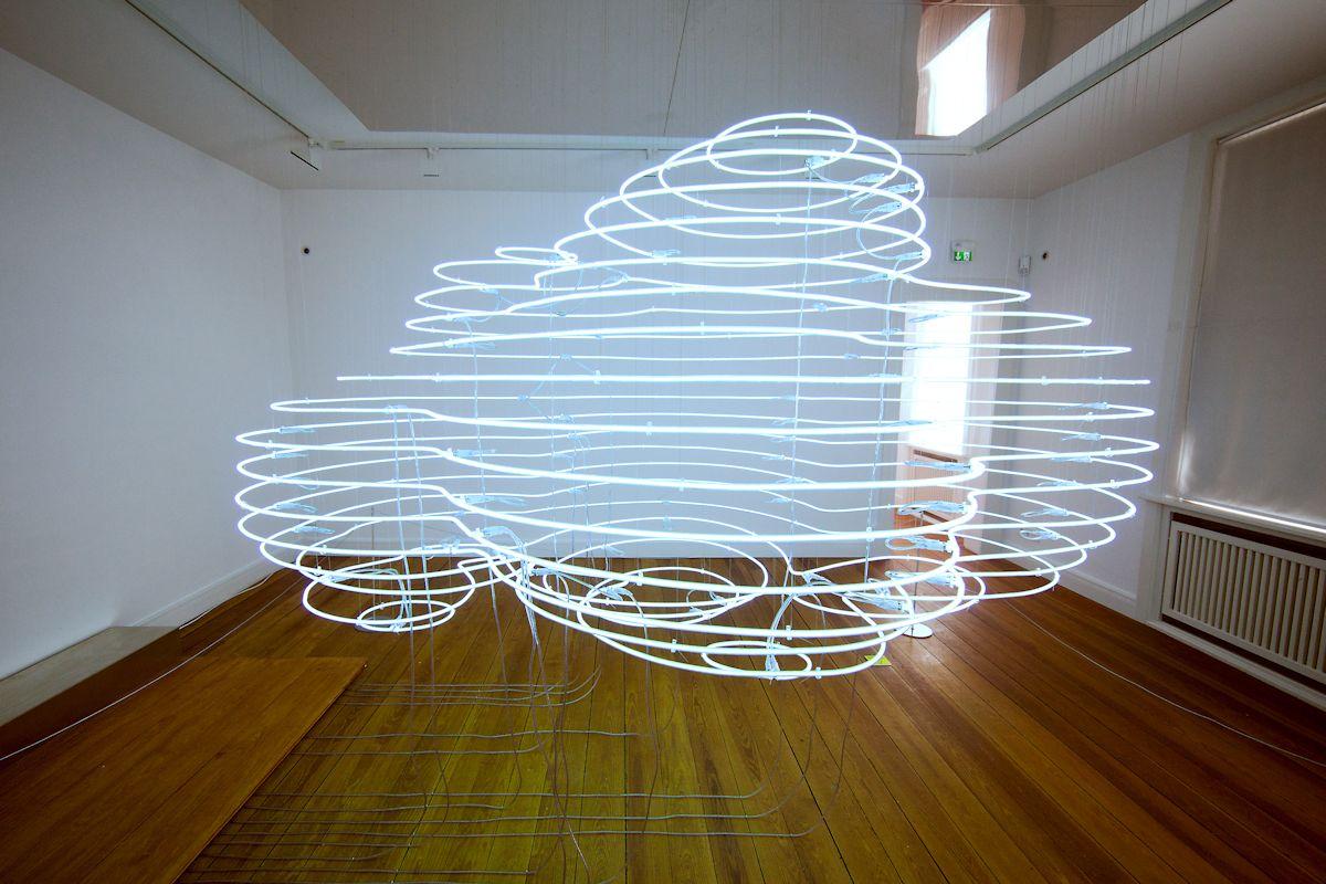 """Thorsten Goldberg, """"Cumulus neonowy"""" (źródło: materiały prasowe organizatora)"""