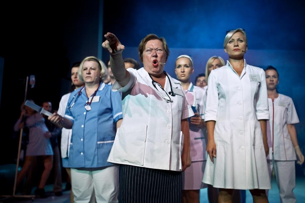"""""""Położnice szpital św. Zofii"""", Monika Strzępka, 33. Warszawskie Spotkania Teatralne (źródło: materiały prasowe)"""