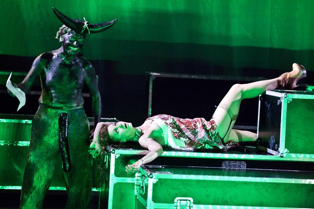 """""""Titus Andronicus"""", Jan Klata, 33. Warszawskie Spotkania Teatralne (źródło: materiały prasowe)"""