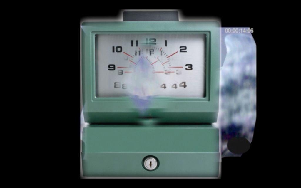 """Dineo Seshee Bopape, """"dlaczego do mnie dzwonisz, jeśli wiesz, że nie mogę odebrać telefonu"""", 2012, wideo cyfrowe, kolor, dźwięk, 10 min 42 sec . Fot. dzięki uprzejmości artystki i Stevenson Johannesburg"""
