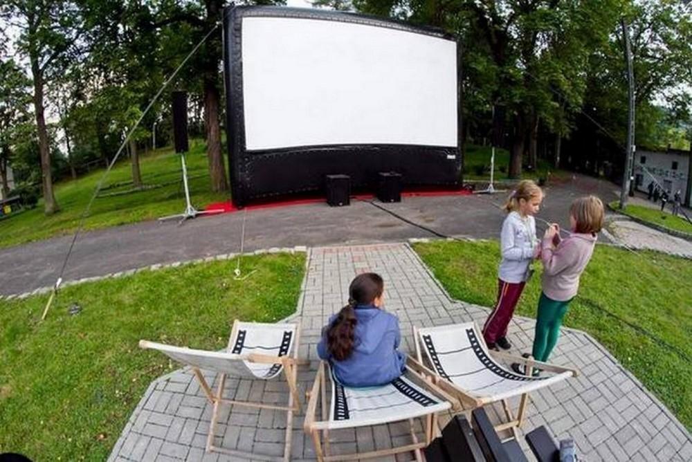 Sokołowsko Festiwal Filmowy Hommage à Kieślowski, kino plenerowe, fot. Archiwum Fundacji (źródło: materiały prasowe organizatora)