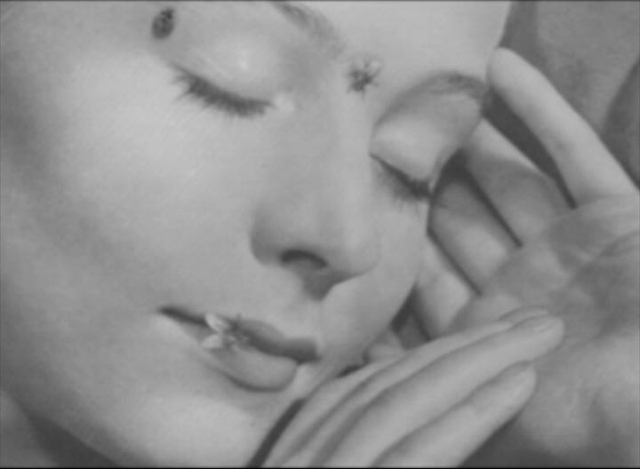 """Agnieszka Polska, """"Kalendarz"""", 2008, wideo, 6'26'', kadr z filmu (źródło: materiały prasowe organizatora)"""