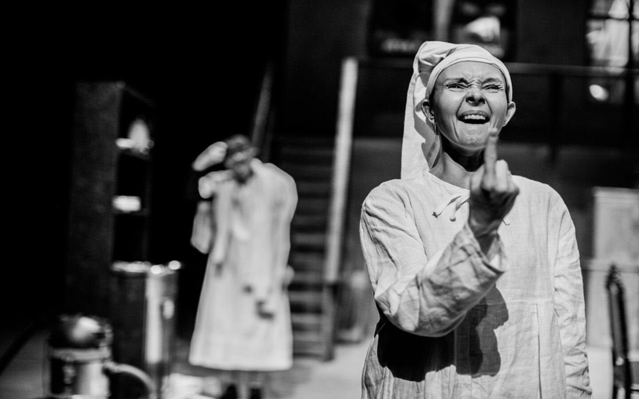 """""""Antygona"""", fot. Marcin Oliva Soto (źródło: mat. prasowe - Międzynarodowy Festiwal Teatralny Dialog)"""