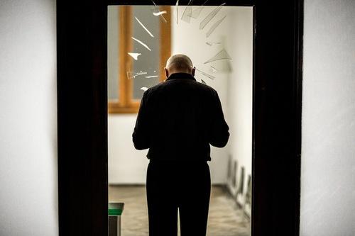 "Boris Nieslony, ""A Father Fell Down on Venice"". Venice International Performance Art Week, fot. Monika Sobczak, IT (źródło: materiały prasowe organizatora)"