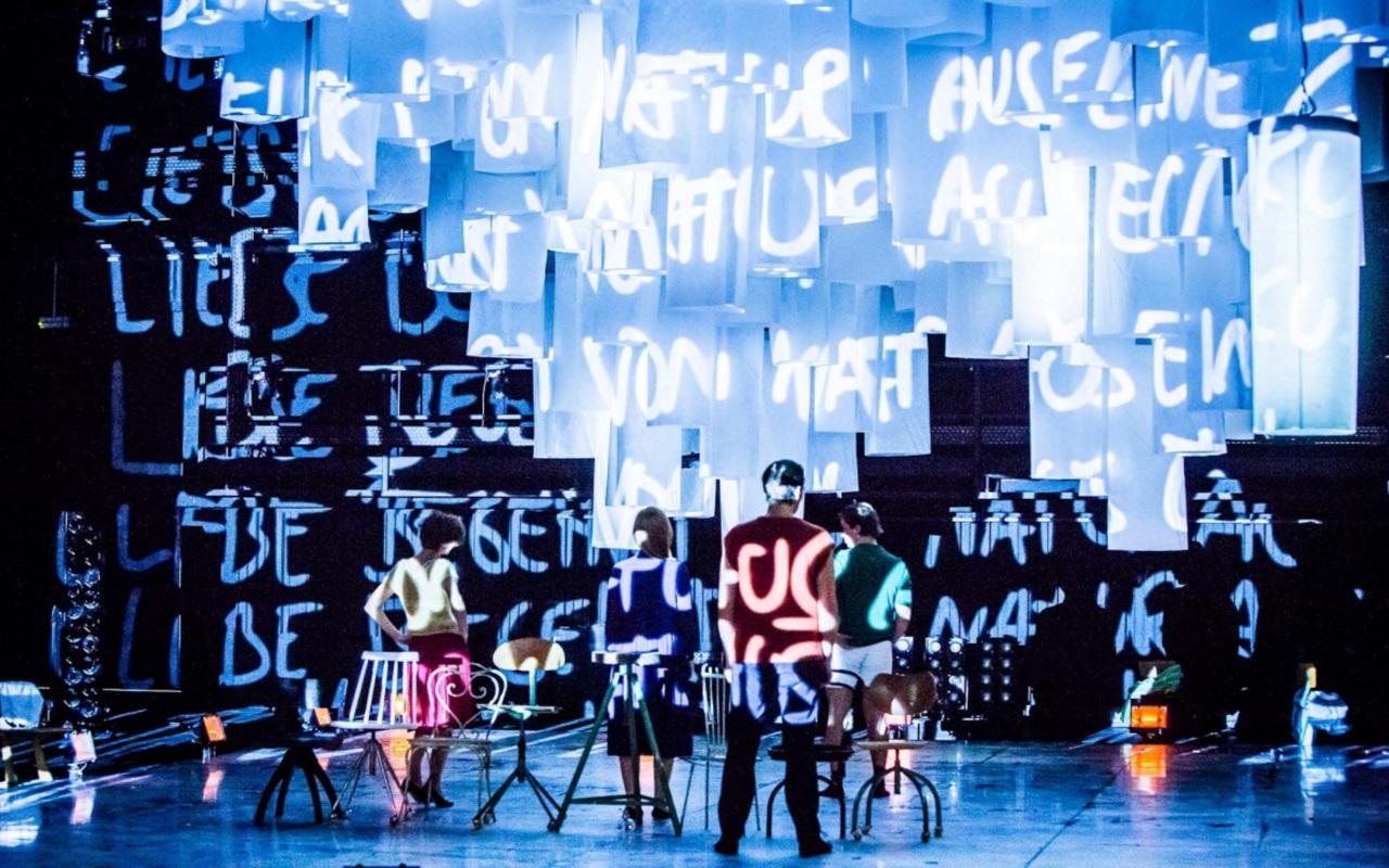 """""""Oczyszczeni/Łaknąć/4.48 Psychosis"""", fot. Marcin Oliva Soto (źródło: mat. prasowe - Międzynarodowy Festiwal Teatralny Dialog)"""