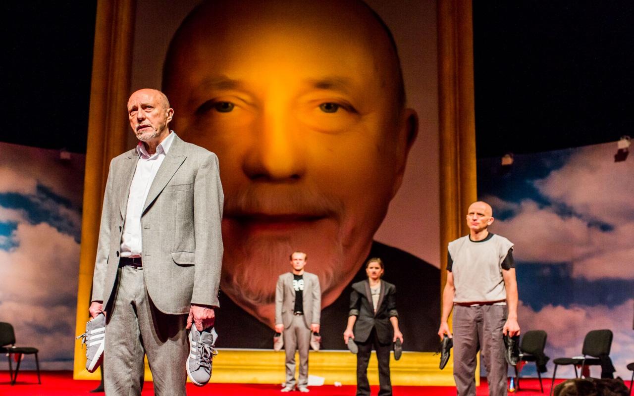 """""""Życie to sen"""", fot. Marcin Oliva Soto (źródło: mat. prasowe - Międzynarodowy Festiwal Teatralny Dialog)"""