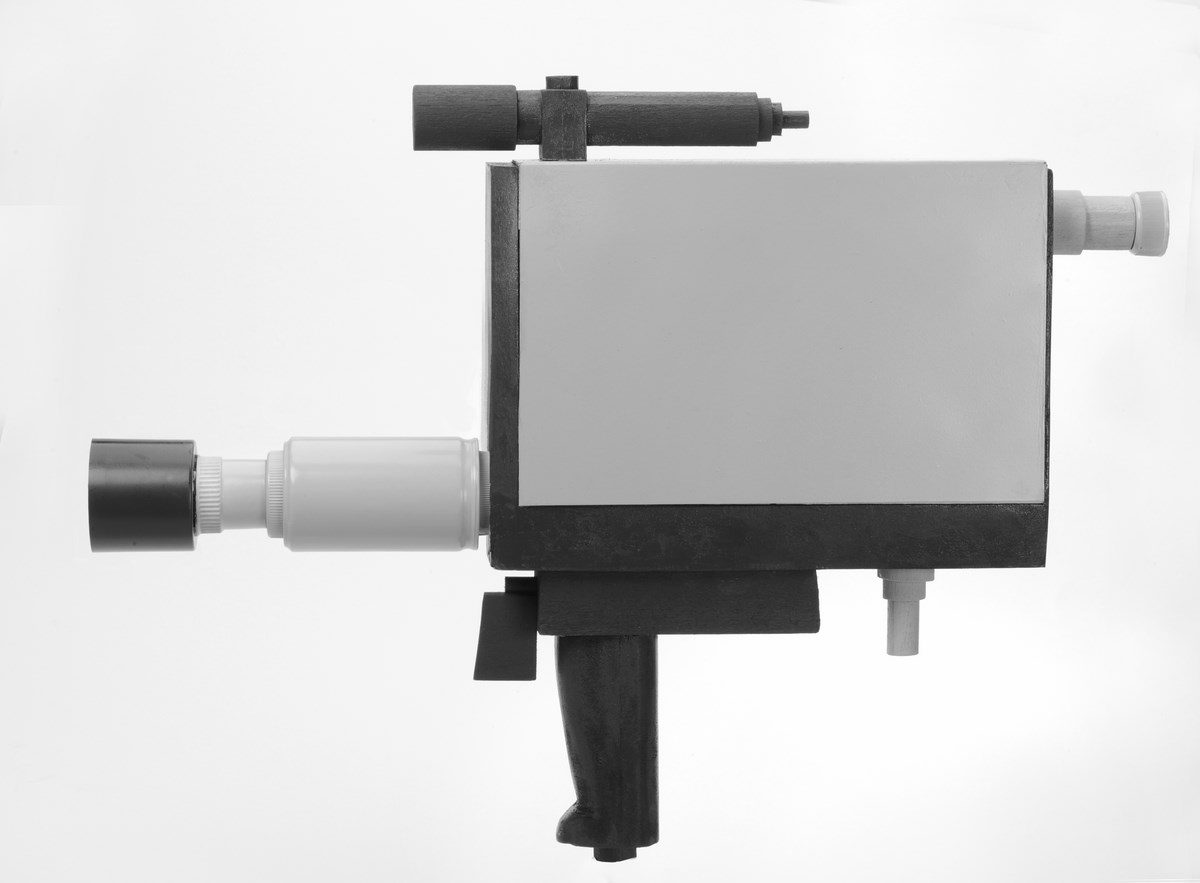 Kamera Sony Portapak – obiekt wykonany przez Janka Simona, fot. Wojciech Staszkiewicz (źródło: materiały prasowe organizatora)