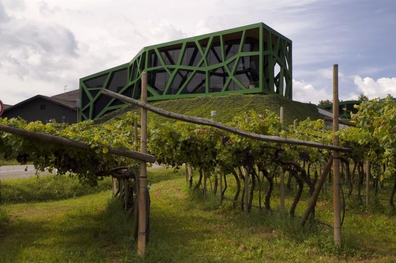 Cantina Tramin, Południowy Tyrol, Włochy, 2010 r., proj. Werner Tscholl, Andreas Sagmeister (źródło: materiały prasowe organizatora)