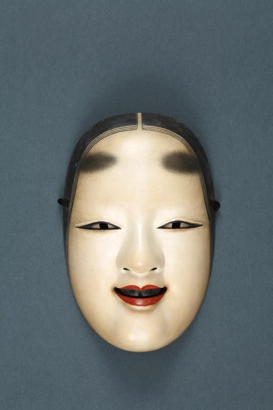 """Sōei Ōgura, Maska teatru """"nō"""", lata sześćdziesiąte XX w. (źródło: materiały prasowe organizatora)"""