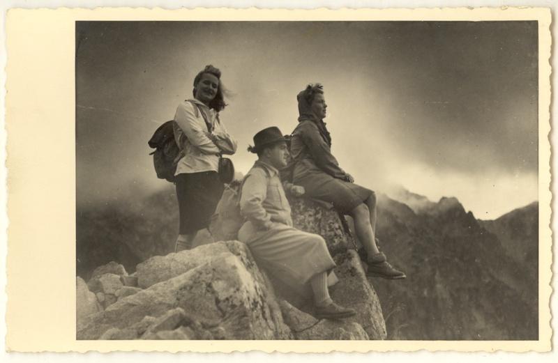 Wycieczka w góry, ok. 1930, fot. St. Kolowca, MHK-Fs13346/IX (źródło: materiały prasowe)