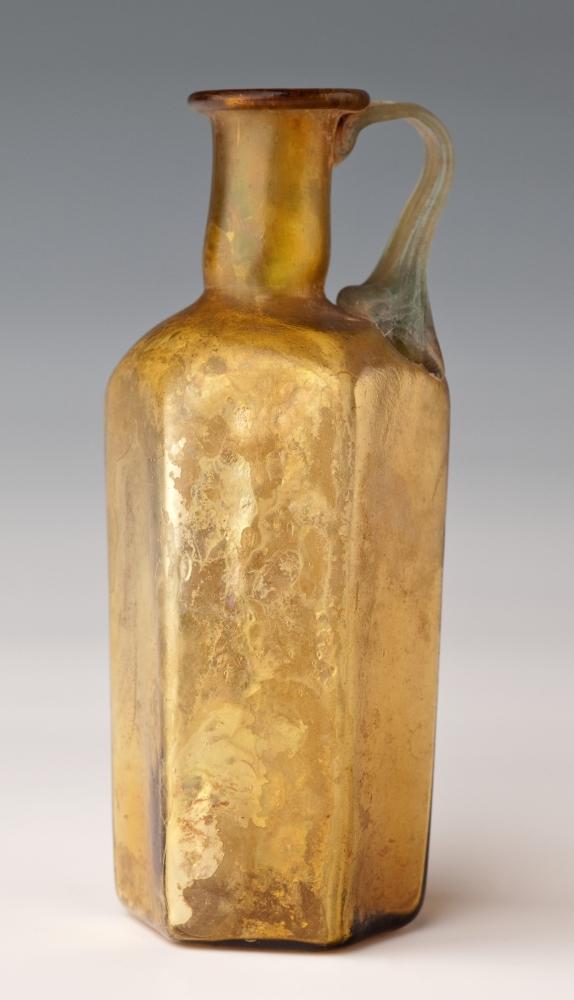 Dzbanuszek, Syria, II-III w. w. n.e. (źródło: materiały prasowe muzeum)