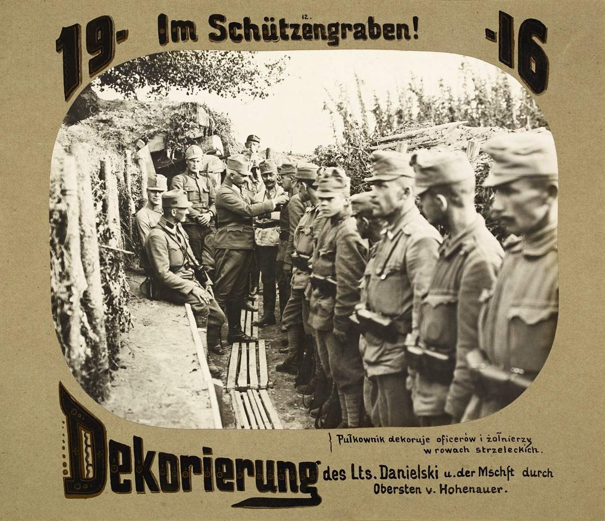 Strona z albumu 16 pułku strzelców, Wołyń 1916 (źródło: materiały prasowe)