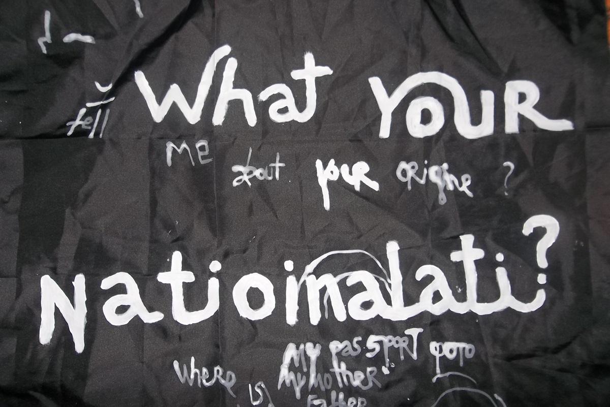 """Babi Badalov """"What your nationality"""", 2013, akryl na tkaninie (źródło: materiały prasowe)"""