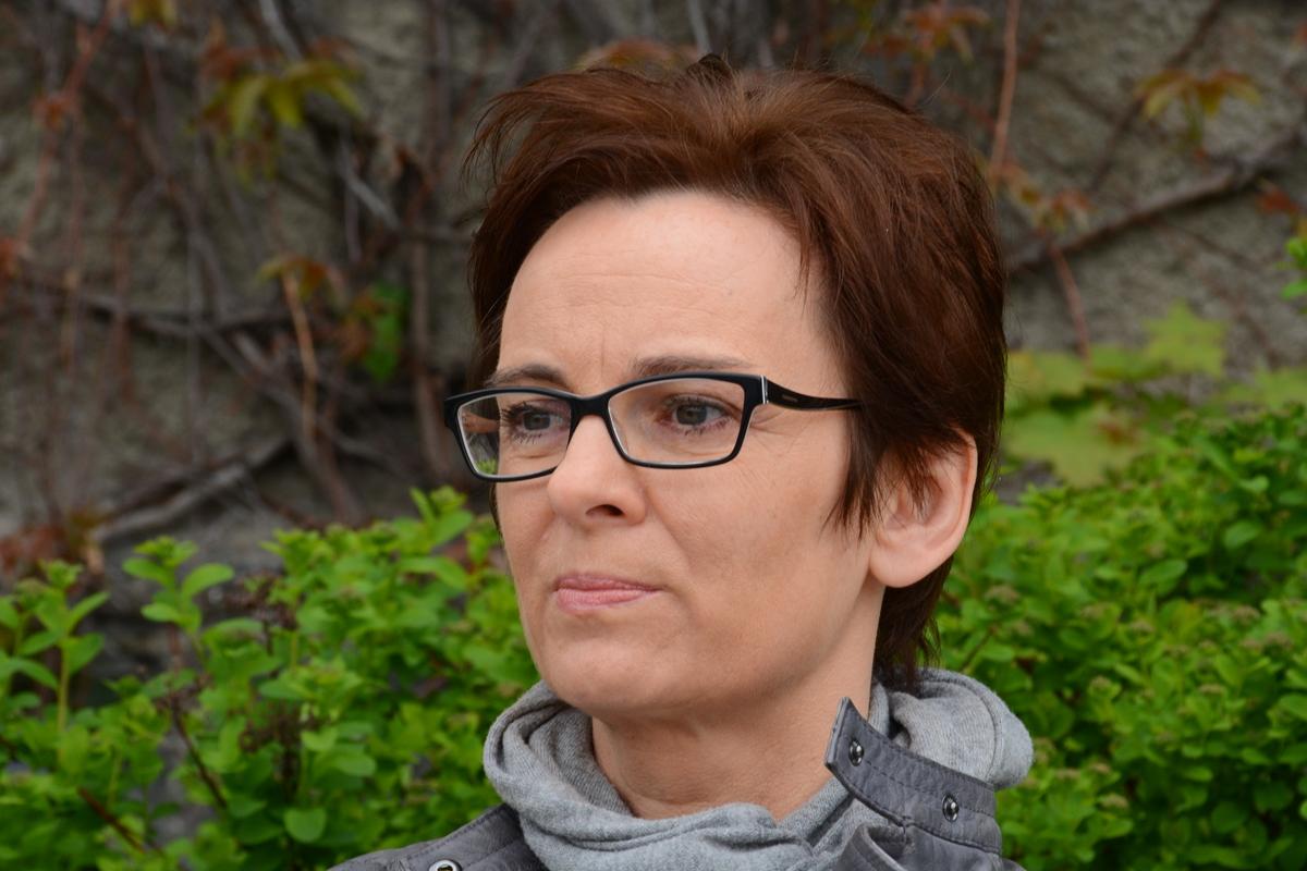 Inga Iwasiów, fot. Błażej Wiśniowski (źródło: materiały prasowe)
