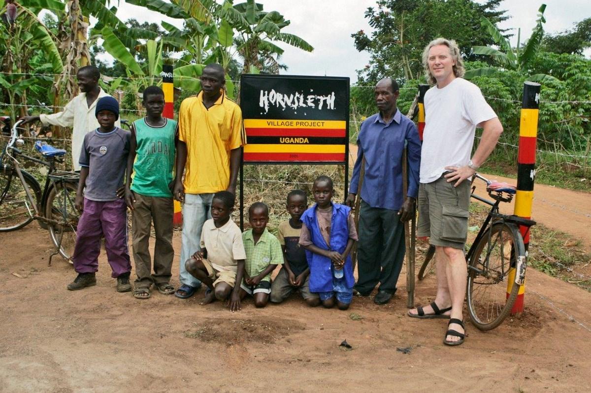 """Wystawa """"Shifting Africa"""": zdjęcie Kristian Hornsleth: """"Village Project Uganda"""", photograph (źródło: materiały prasowe organizatora)"""